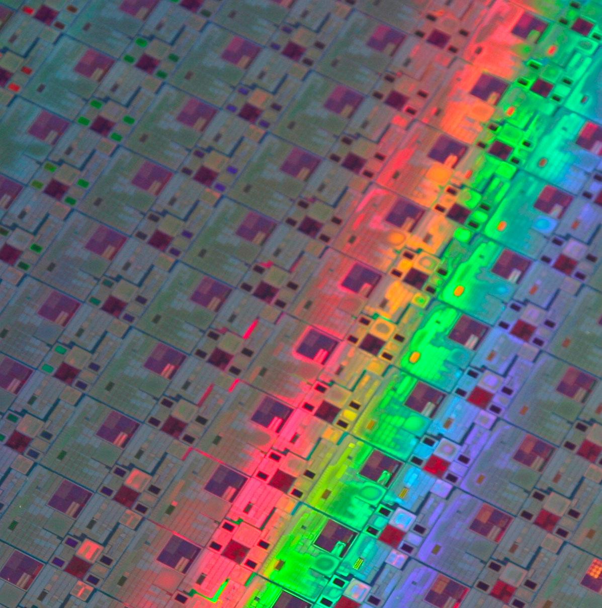is-wafer_stmicroelectronics.jpg