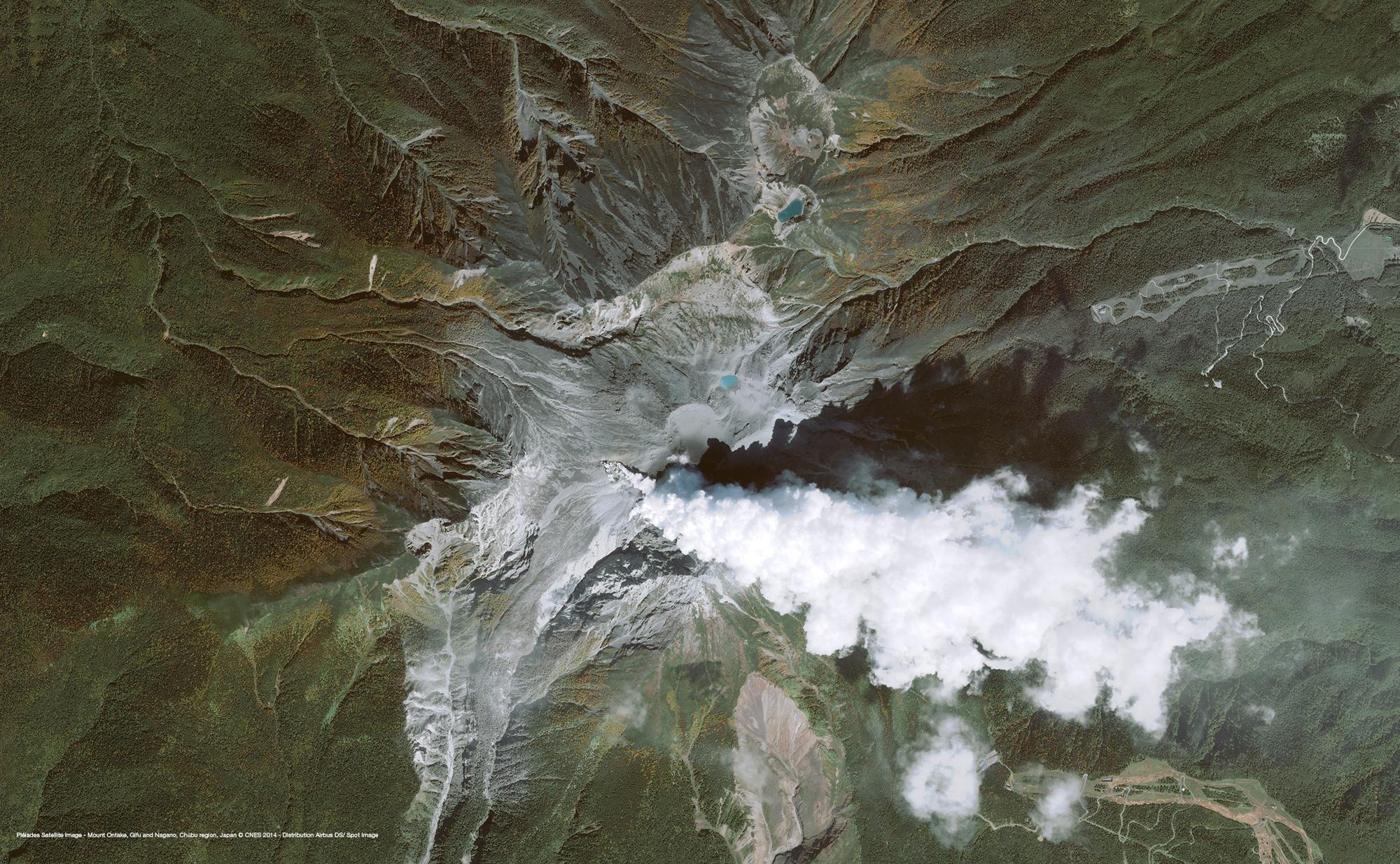r34358_39_satellite_image_pleiades_mount-ontake_japan_20140930-2_2000.jpg