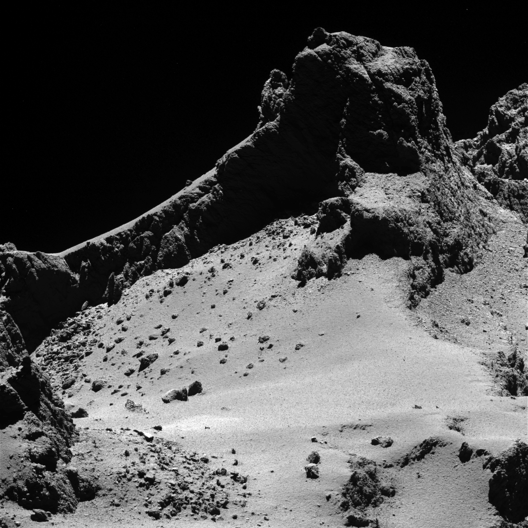 Comet_from_8_km.jpg