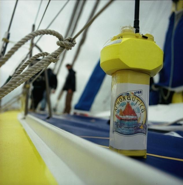 Argonautica buoy. Credits: CNES.