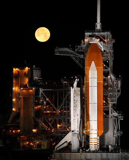 The DECLIC instrument is scheduled to fly to the ISS on 25 August aboard the U.S. Space Shuttle Discovery. Credits: NASA.
