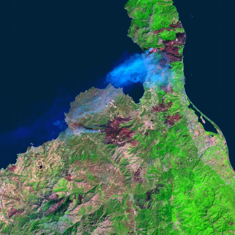Observation des feux de forêt en Corse en septembre 2003 par le satellite Spot 5. Crédits : CNES/Traitement QTIS, 2003.