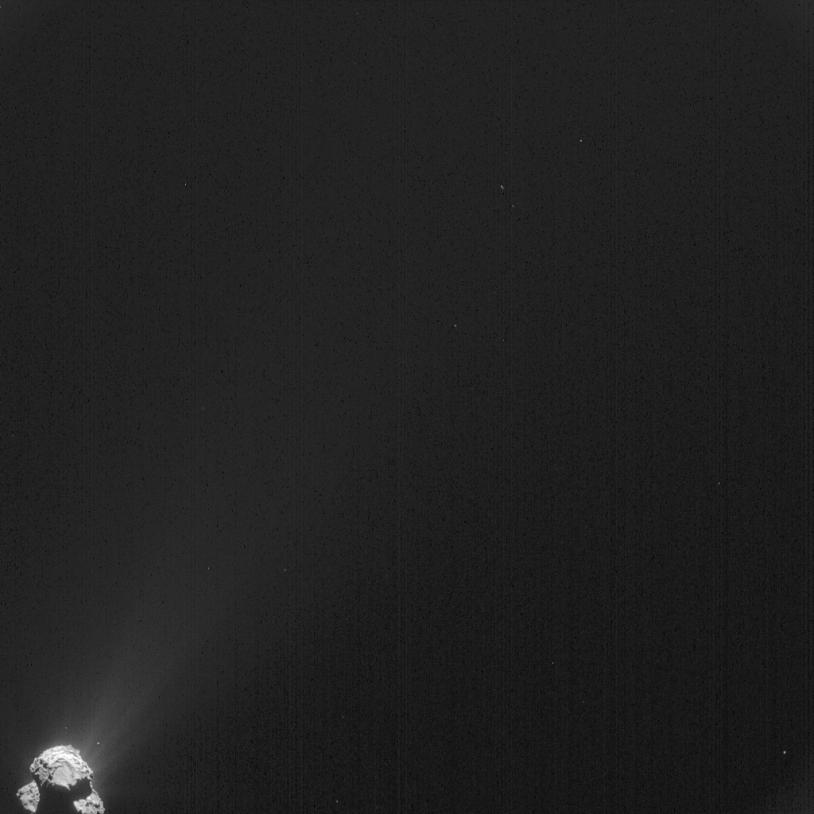 Cette image a été prise par la caméra de navigation de Rosetta à près de 385 km du noyau de la comète 67P/Churyumov-Gerasimenko, le 2 avril 2015 ; résolution de 33 m/pixel. Crédits : ESA/Rosetta/NavCam - CC BY-SA IGO 3.0.